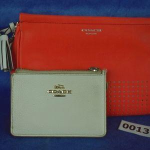 Coach Legacy Clutch w/ skinny wallet 013